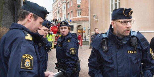 Polizei vereitelt Angriff auf Asylheim