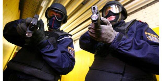 2008 gaben Polizisten 120 Schüsse ab