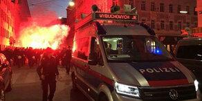 Polizist attackiert: Polen-Fans randalieren in Wien