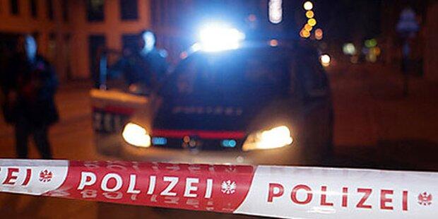 PKW rammt und tötet Steirerin: Fahrerflucht