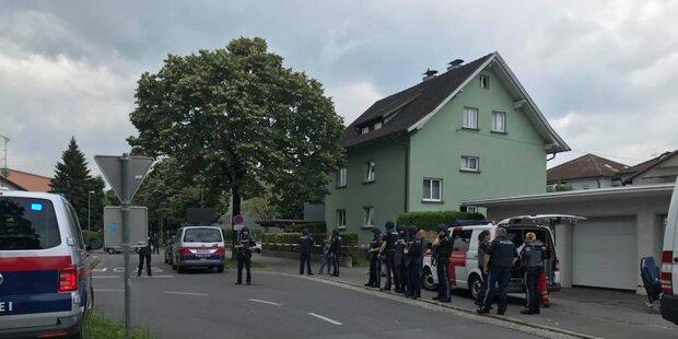 Streit eskaliert: Frau stürzte aus Fenster in Tod