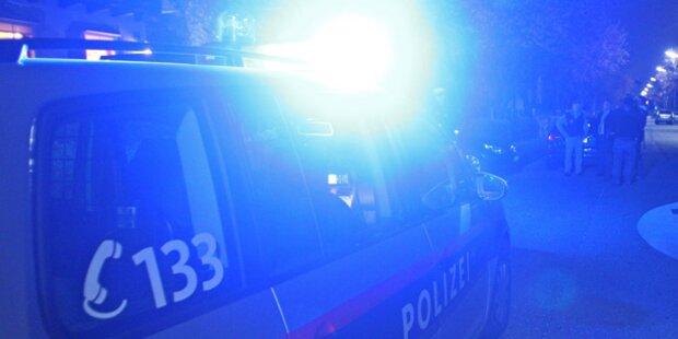19-Jähriger rammt Taxi