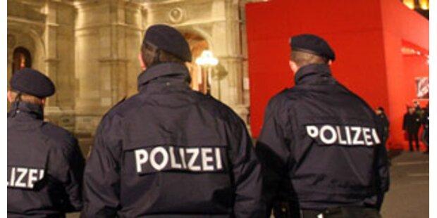 Wütender Alkolenker biss Polizisten