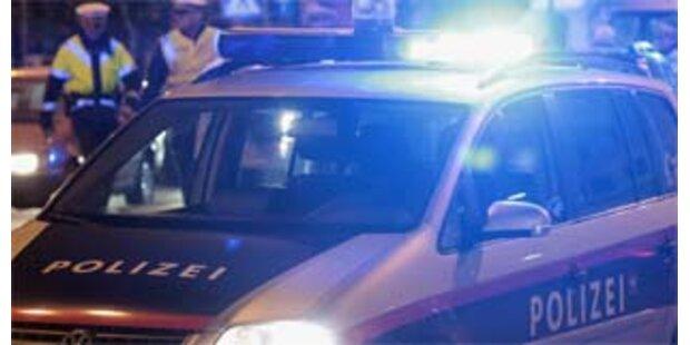 Geisteskranker attackierte Polizei mit Grillgabel