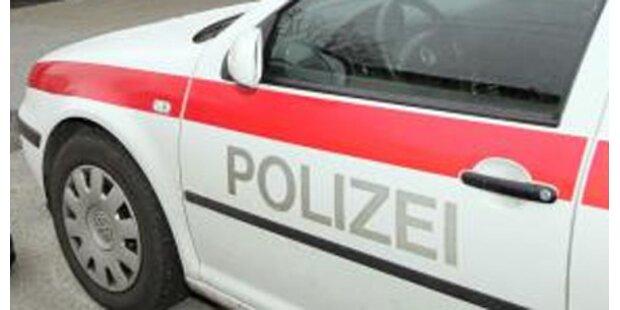 Alko-Lenker raste Linzer Polizei davon