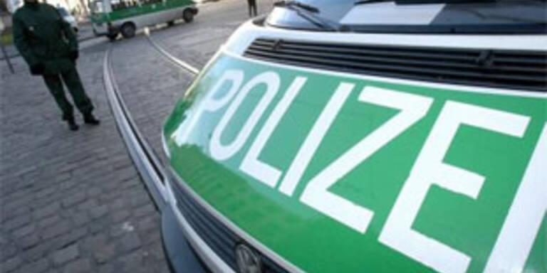 Deutscher mit Leiche und Baby im Auto unterwegs