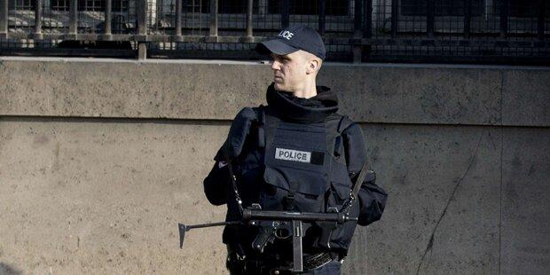 Vier Terror-Verdächtige festgenommen