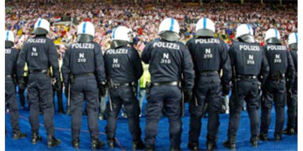 1.500 Anzeigen und 520 Festnahmen in Österreich