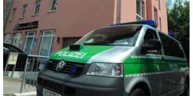 Nach 30 Stunden Gequatsche Polizei alarmiert