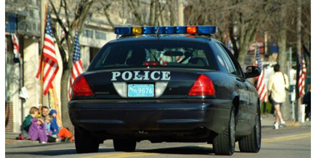 Teenie klopfte an falsche Tür: erschossen