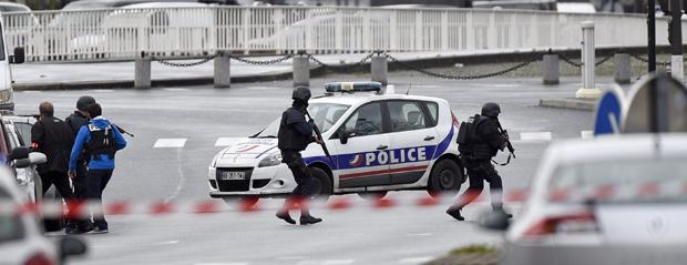 polizei_vincennes.jpg