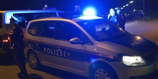 Messer-Stecherei fordert drei Verletzte