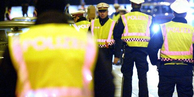 Prügel-Opfer schlägt Polizist ins Gesicht