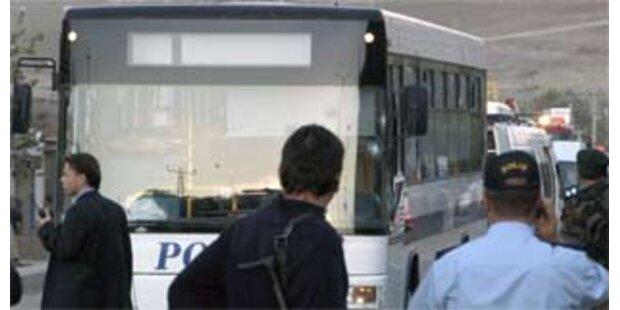 Überfall auf Polizeibus in der Südost-Türkei