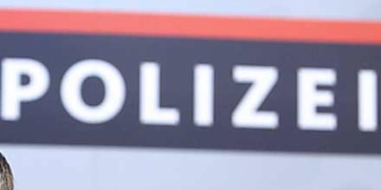 Wiener Friseur überfallen - 5 Euro Beute