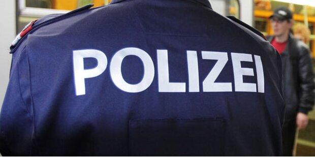 Schaffner wirft Polizisten aus Zug raus