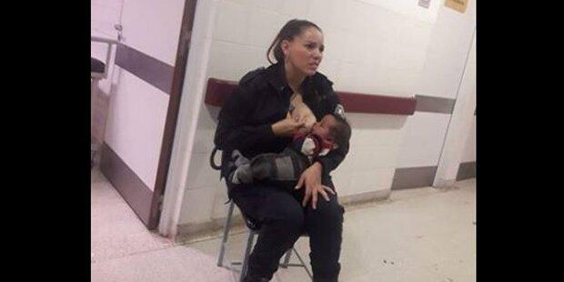 Polizistin stillt unterernährtes Baby, weil Ärzte sich nicht kümmerten