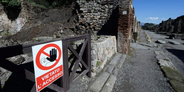 Pompeji stürzt ein