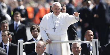 Papst fordert politische Lösung für Ukraine