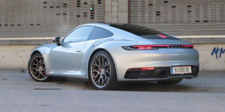 In Österreich gibt es fast so viele Porsches wie E-Autos