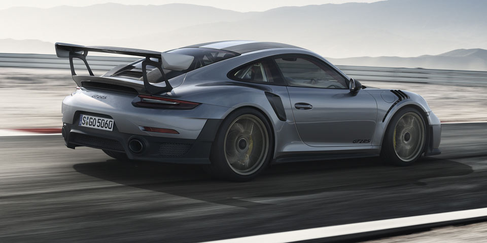 porsche-911-GT2-RS-960-of2.jpg