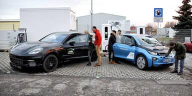Laden von E-Autos fast so schnell wie tanken