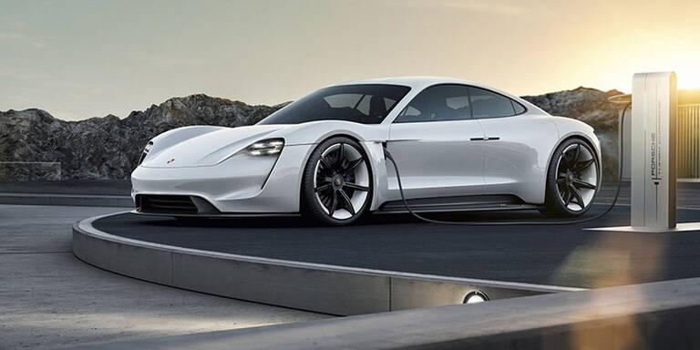 Porsche legt bei seinen E-Autos nach