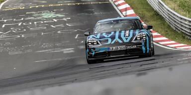 Porsche Taycan holt Nordschleifenrekord