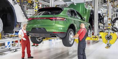 Auch BMW und Porsche machen Werke dicht