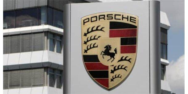 Porsche rutscht tief in die roten Zahlen