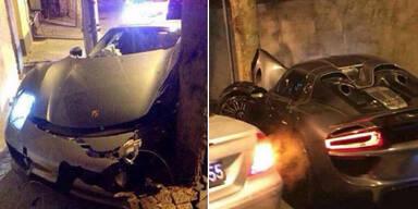 Frau schrottet 900 PS starken Porsche