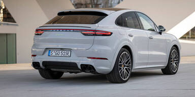 Porsche Cayenne Plug-in mit mehr E-Reichweite