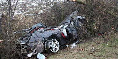 Porsche flog 50 Meter durch die Luft