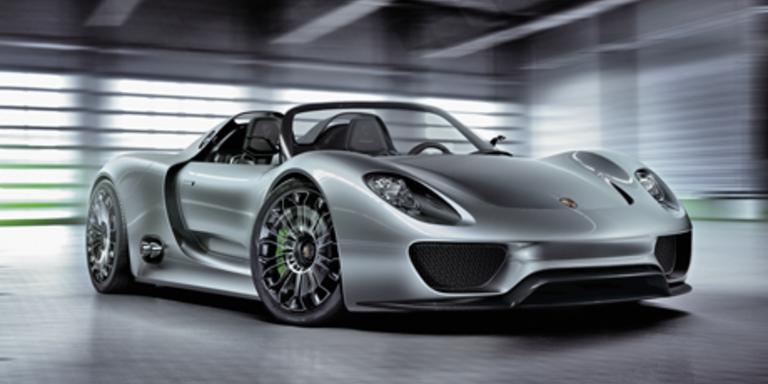 Porsches Hybrid-Sportwagen 918 vor dem Start
