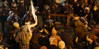 Polizei in Portland nahm Rassismus-Gegner bei Demo fest