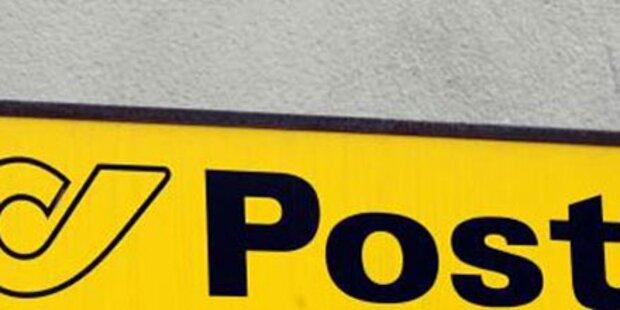 Bub in Postverteilerkasten eingesperrt