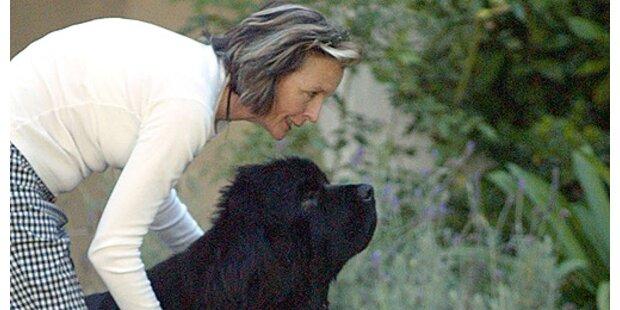 Diane Keaton überfährt eigenen Hund