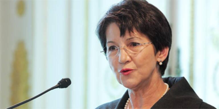 Prammer hält am Parlamentsumbau fest