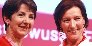 Barbara Prammer und ihre Nachfolgerin Gabriele Heinisch-Hosek