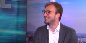 Fellner! LIVE: Dominik Prankl klagt Regierung