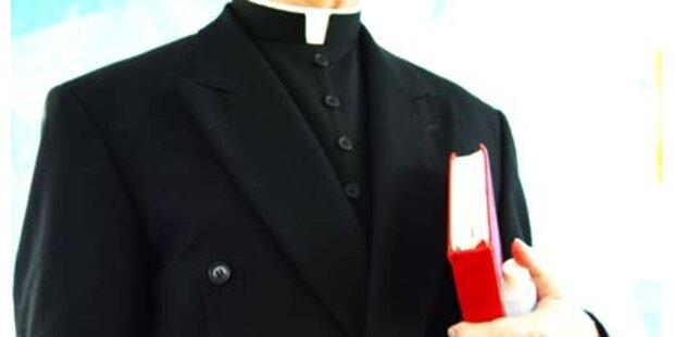 Priester als Waffennarr ausgeforscht