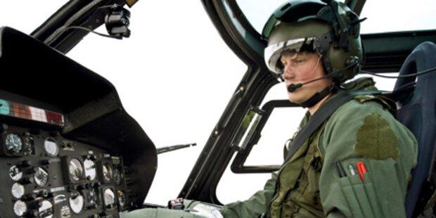 Prinz Harry ist jetzt Hubschrauberpilot