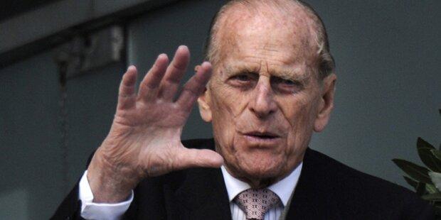 Prinz Philip hüpft ins nächste Fettnäpchen