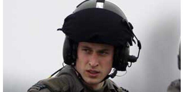 Prinz William flog erstmals solo durch die Lüfte