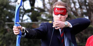 Prinz William versucht sich als Robin Hood