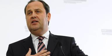 Josef Pröll ist zurückgetreten