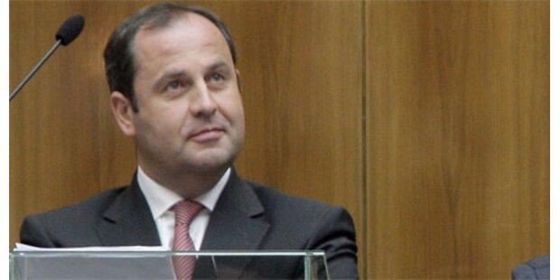 Pröll will neue Regeln bei Bankenpleiten