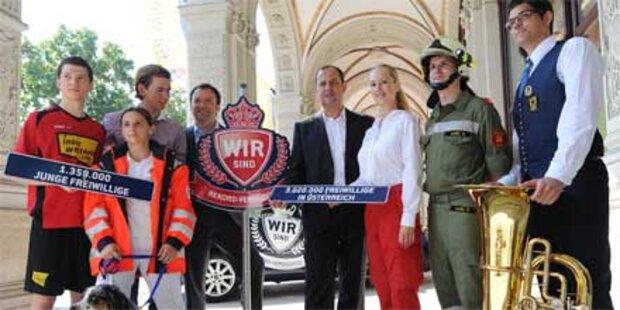 Pröll: Ferienjob als Rettungsfahrer