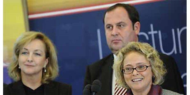 Pröll gibt Mittel für mehr Anwälte frei