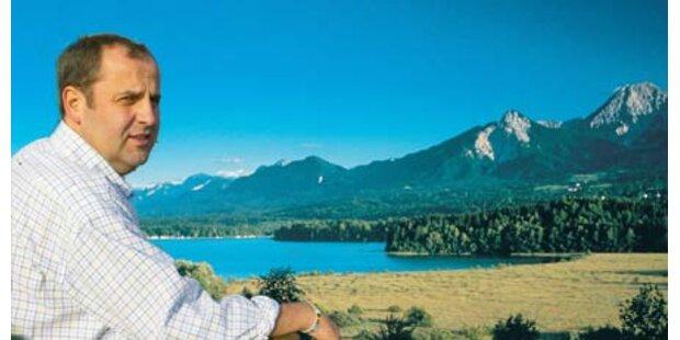 Politiker begehen Ferien in Österreich